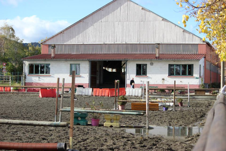 LES INSTALLATIONS carriere et grand manege